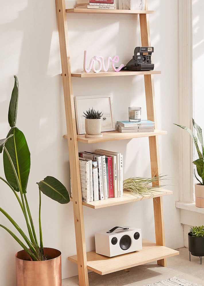 Estante escada: sucesso do Pinterest!