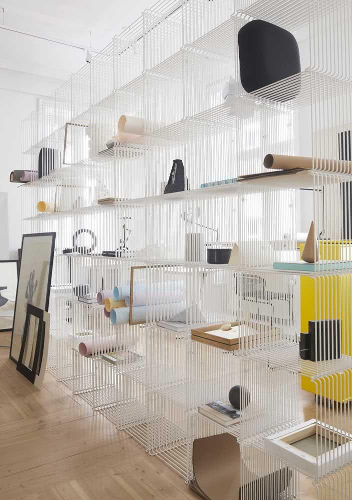 Inspiração de estante moderna feita de aramados