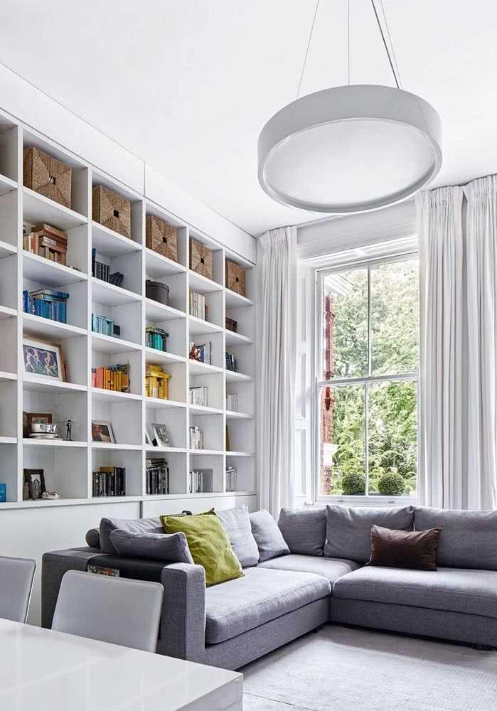 Estante para sala em estilo clássico e clean