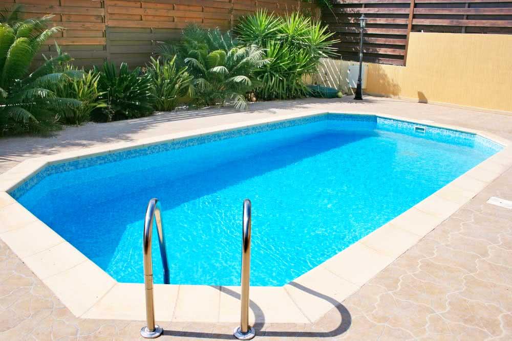 Materiais para piscina: vantagens, desvantagens e preços