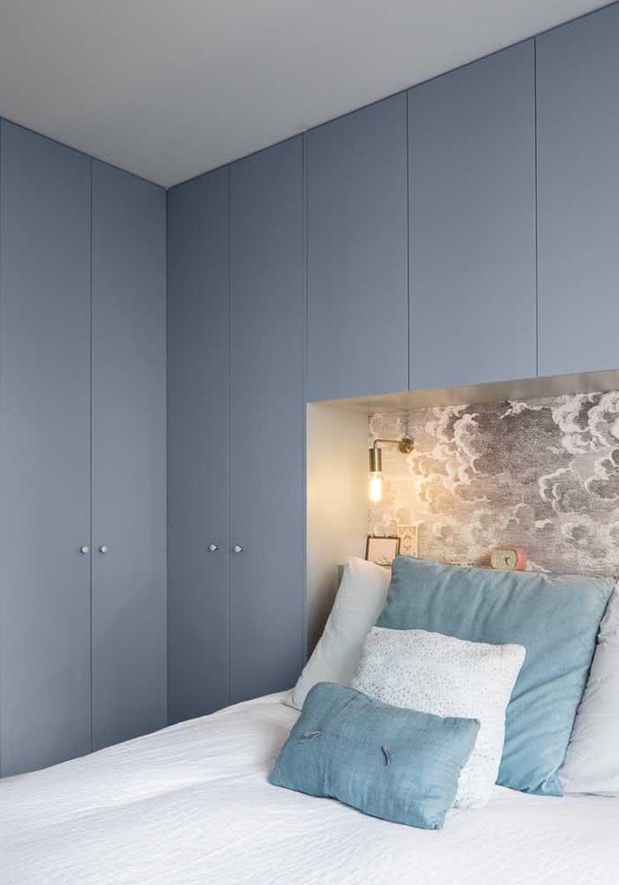 Azul: paz e tranquilidade dentro do quarto