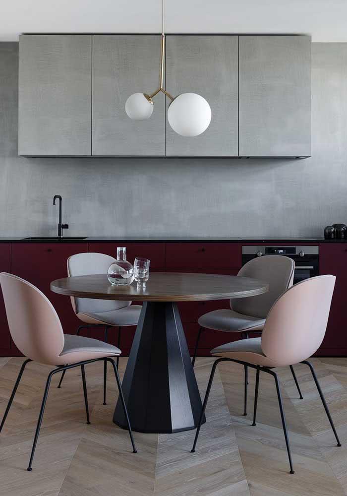 Cozinha contemporânea com piso parquet