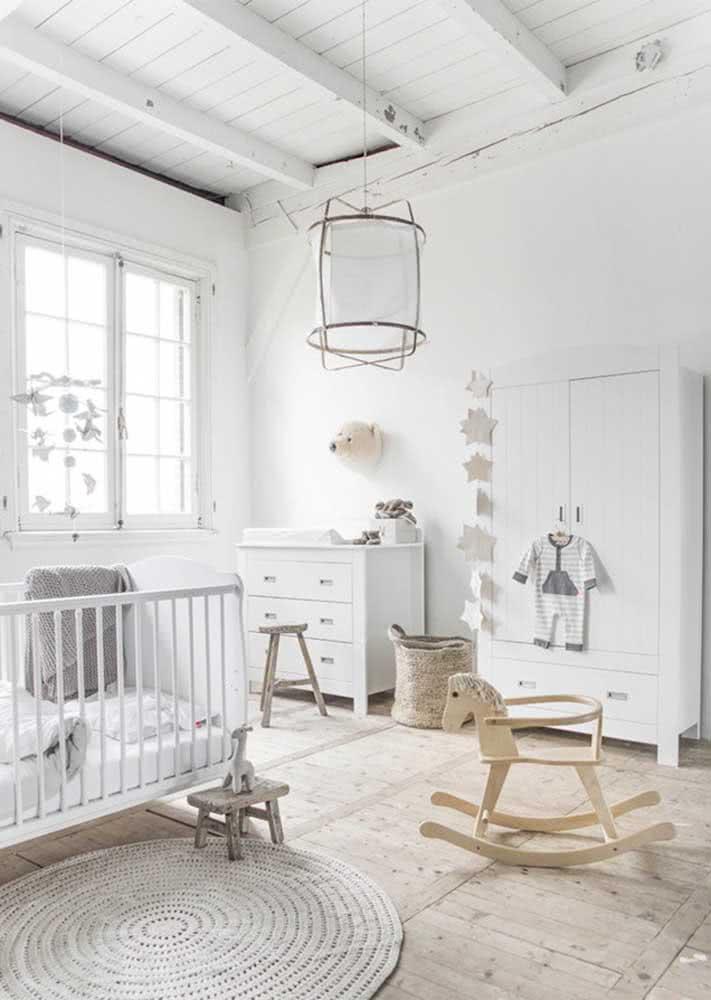 O lustre sempre acompanha o estilo de decoração do quarto do bebê