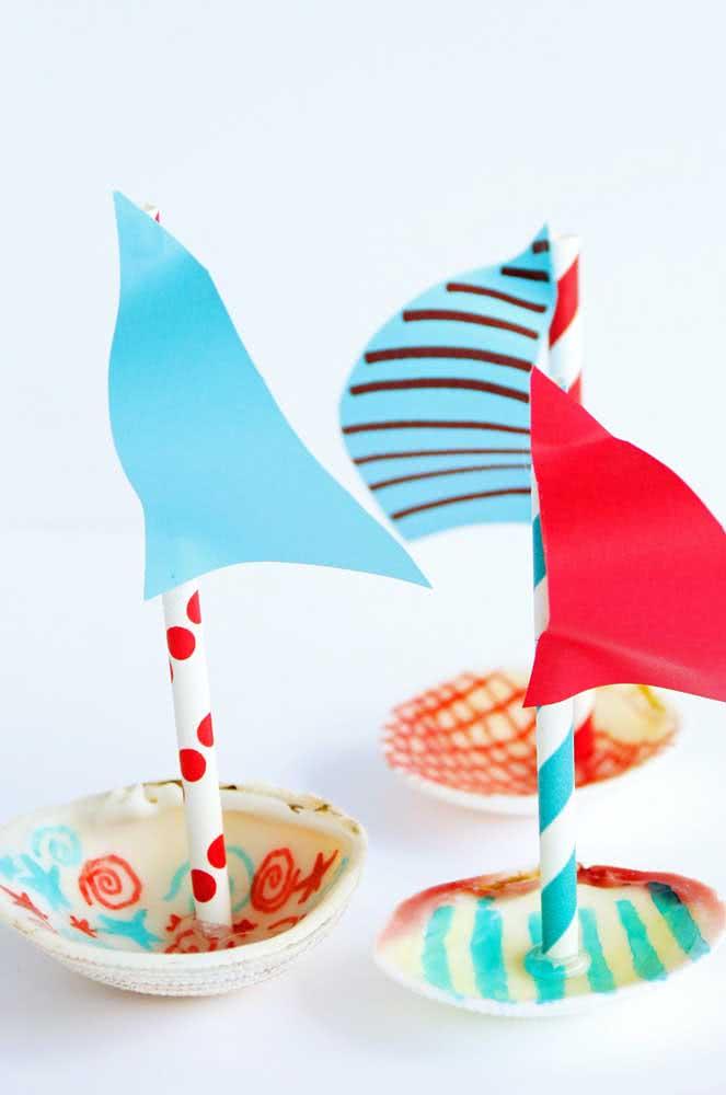 Barquinhos de conchas do mar! Fica lindo na decoração de uma festa infantil