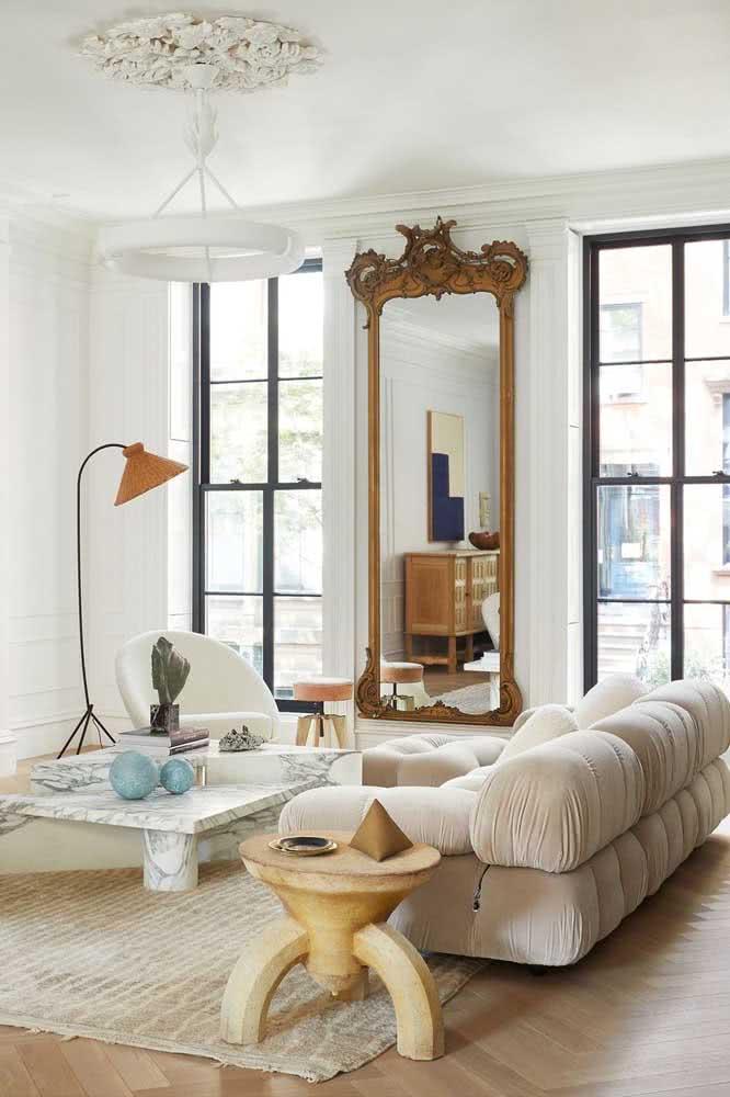 Janela guilhotina preta para sala de estar de estilo clean