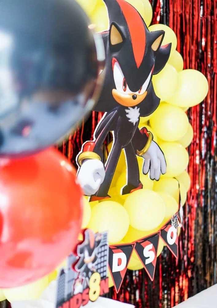 Para variar um pouco, leve a versão do Sonic Preto para a festa