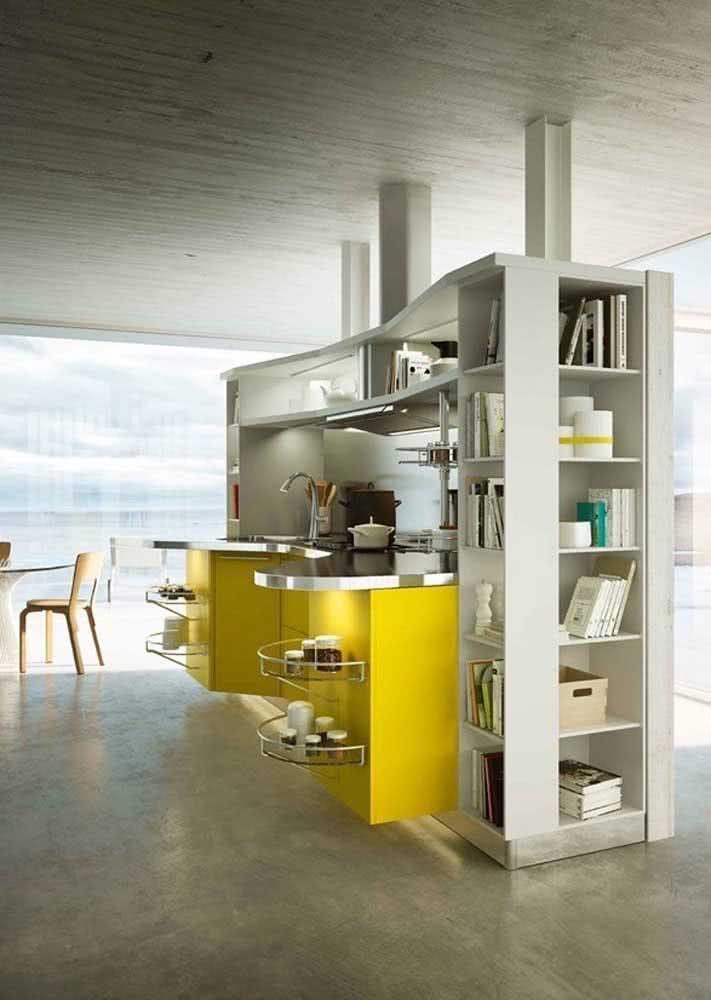 Cozinha amarela e cinza para quem curte o estilo moderno