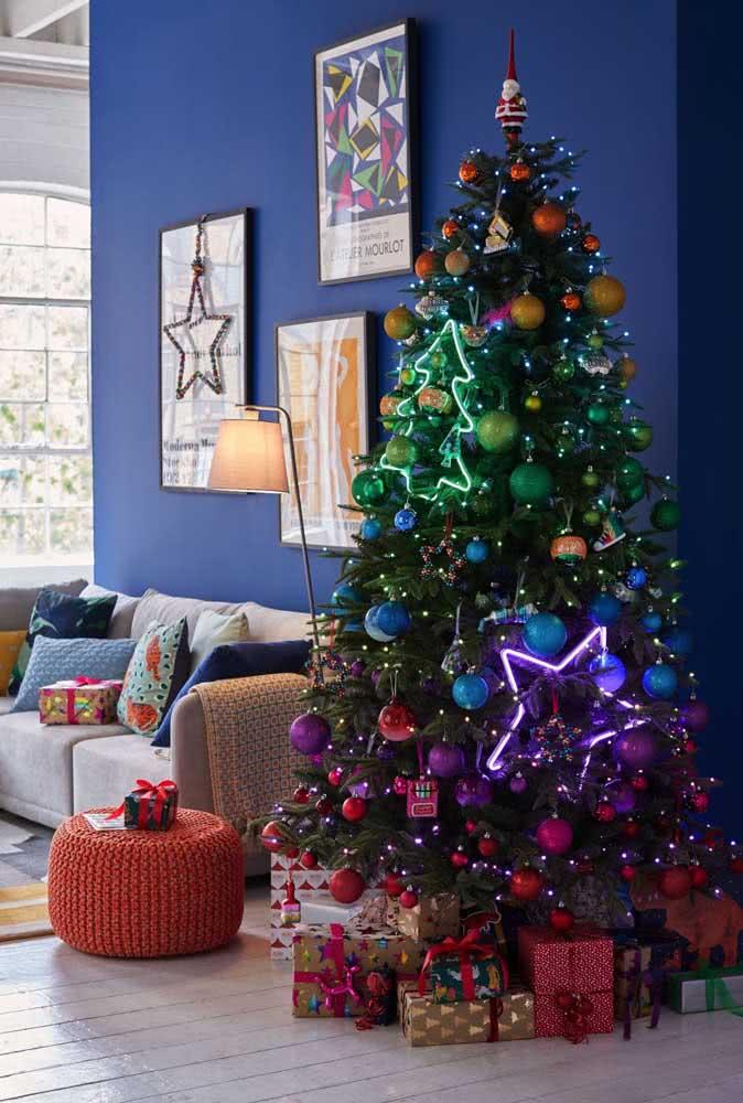 Já viu uma árvore de natal em degrade de cores?