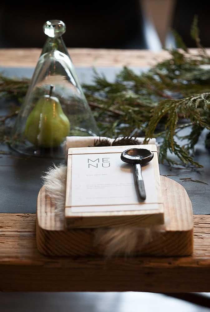 Um pouco de rusticidade para a decoração natalina