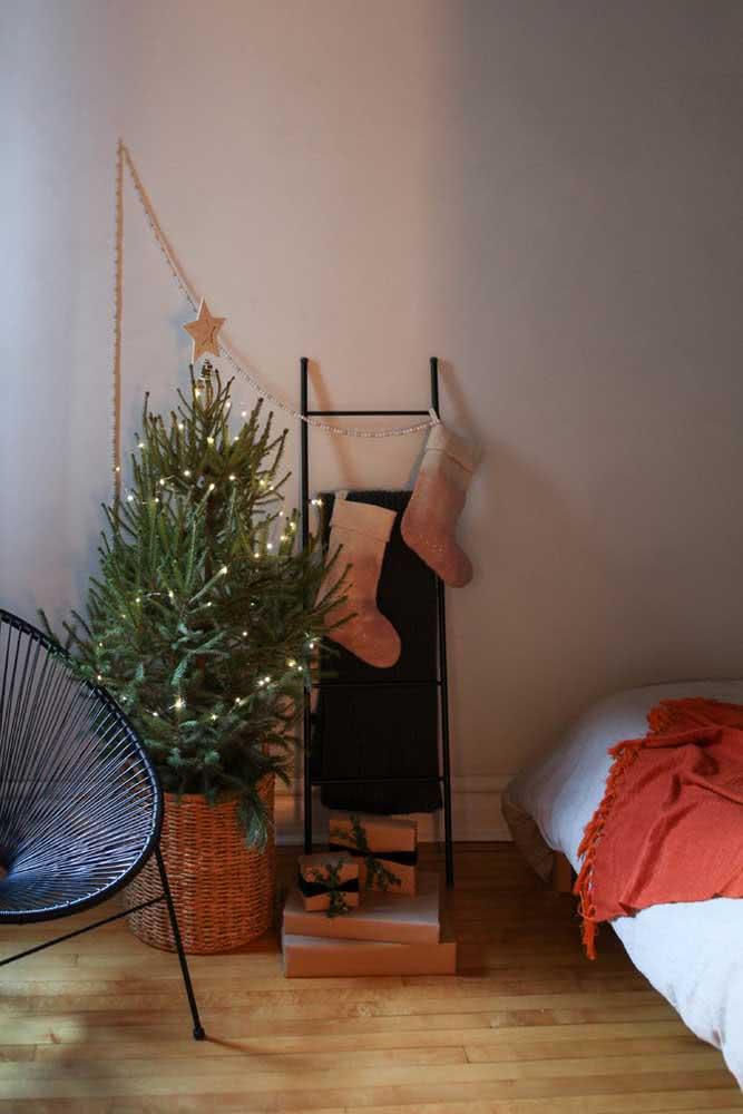 Árvore, estrela e bota: elementos tradicionais da decoração de natal