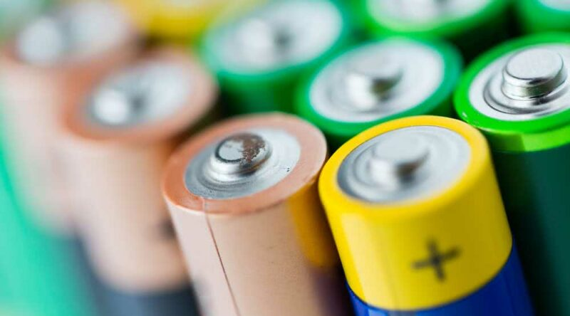 Descarte de pilhas: importância, como fazer, dicas essenciais e cuidados