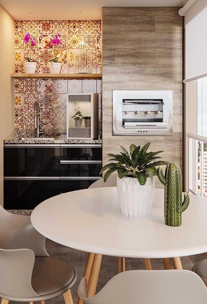 Área gourmet pequena e planejada de apartamento