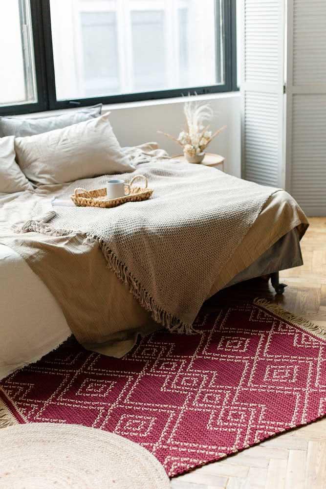 Tapete de crochê vermelho para o quarto de cores claras