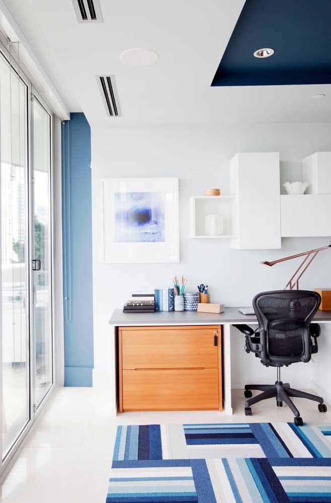 Cadeira para home office preta para um ambiente moderno e jovial