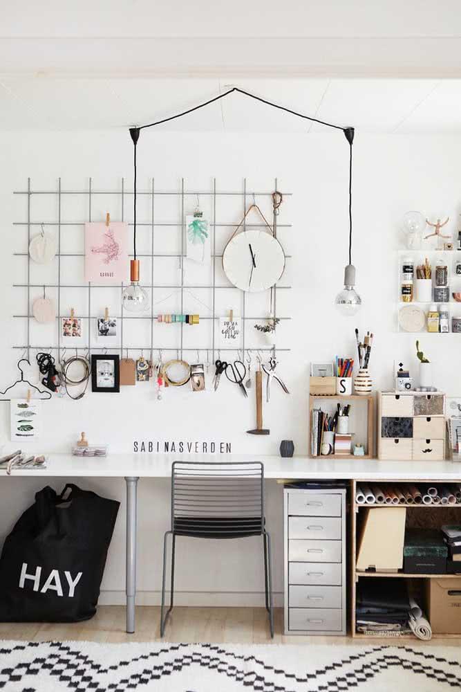 Um modelo aramado para home office moderno