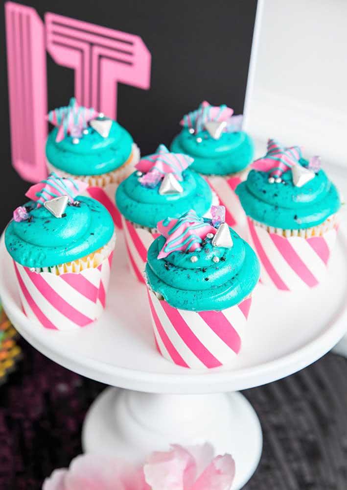 Cupcakes são sempre perfeitos em festas infantis, não importa o tema