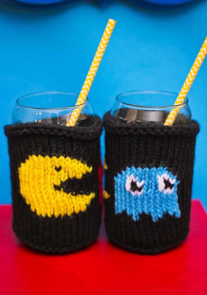 E que tal se arriscar no crochê para fazer pegadores de copo?