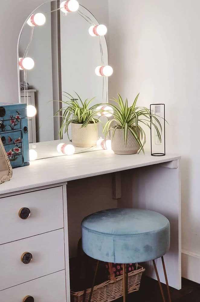 Qualquer espelho que você tem em casa pode virar um espelho camarim