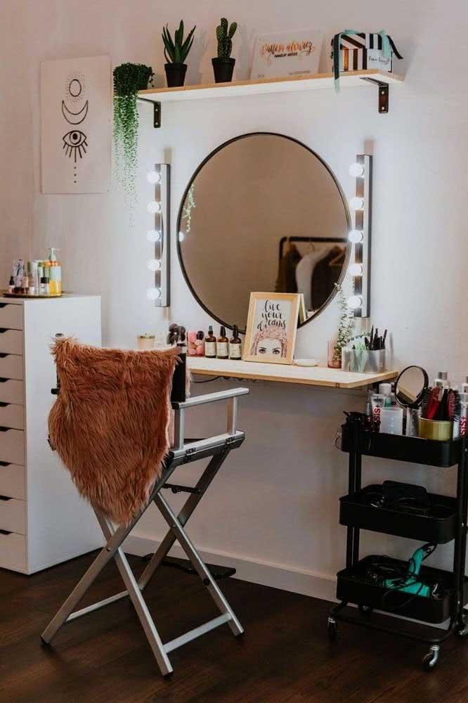 Espelho camarim redondo com direito a ser usado com cadeira de estrela de cinema