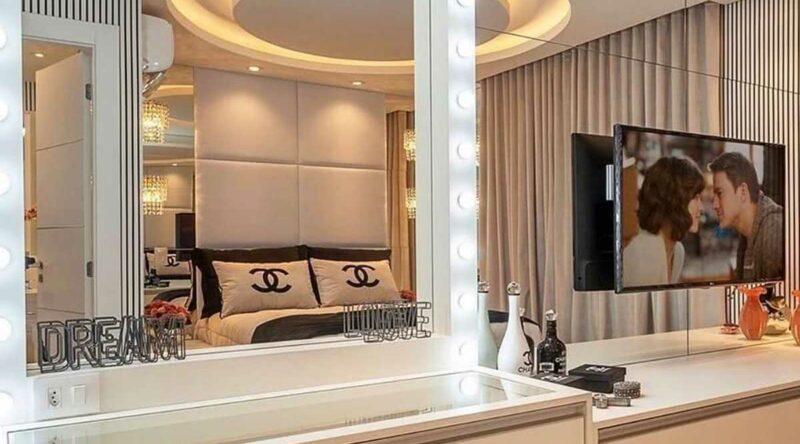 Espelho camarim: como fazer, dicas e fotos inspiradoras de decoração