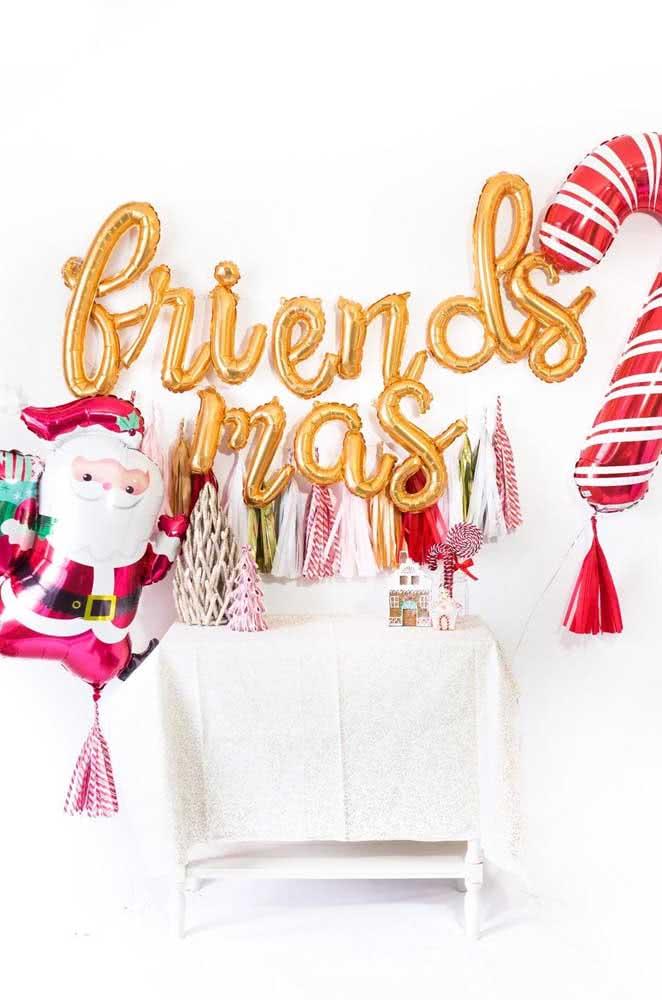 Experimente outras formas e cores para o festão de natal