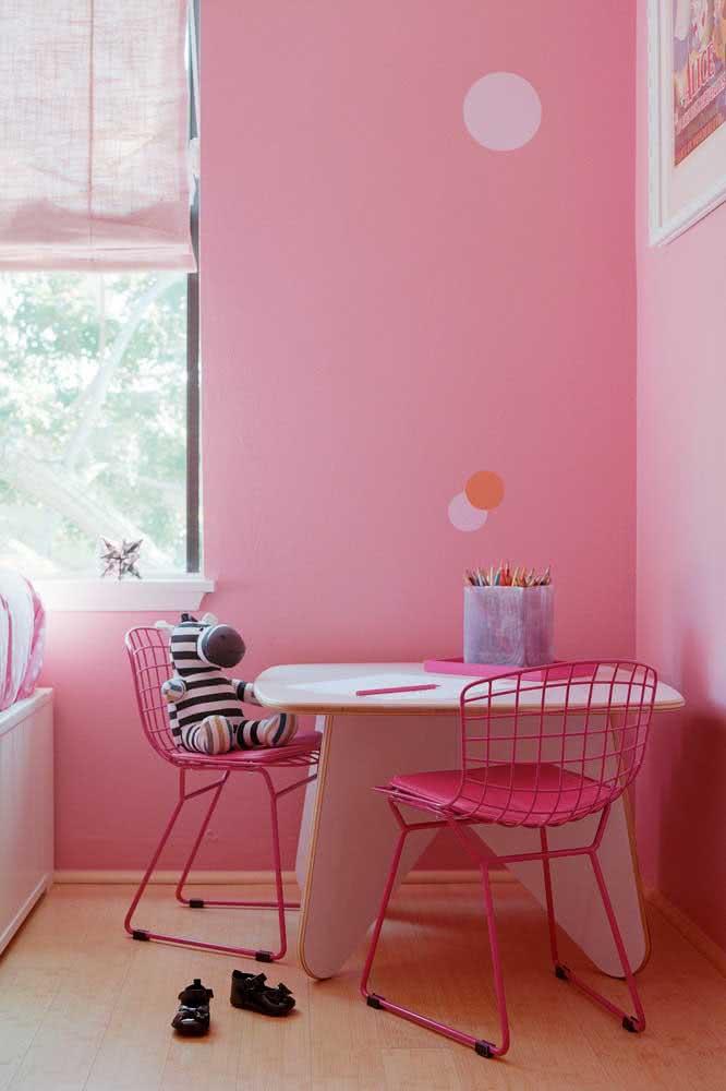 Cadeira Bertoia rosa infantil, um mimo só!