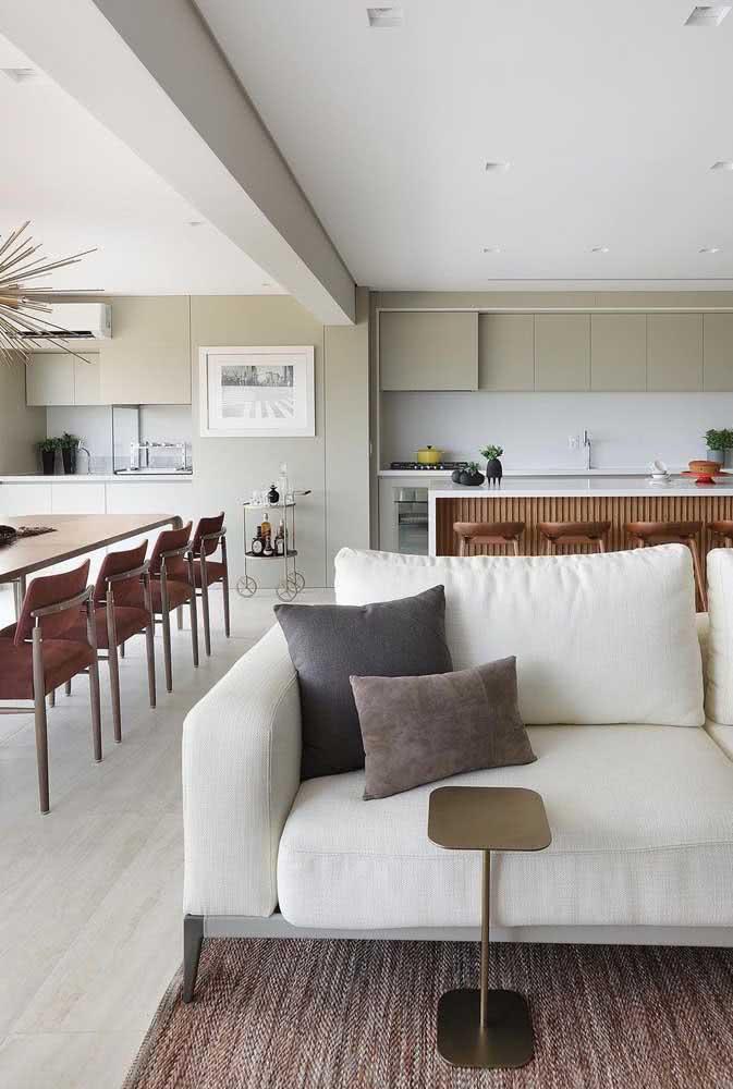 Área integrada do apartamento com churrasqueira