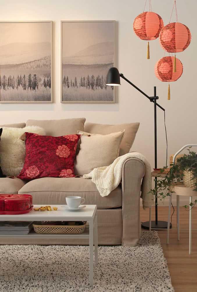 Garanta aquele toque oriental na decoração usando lanternas japonesas vermelhas