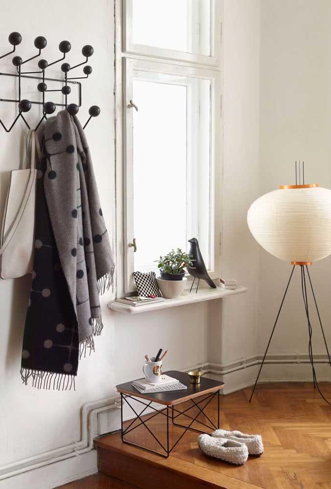 Já pensou uma lanterna japonesa em estilo tripé? Maravilhosa!