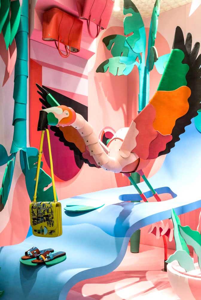 Aqui, cores e elementos tendência ganham um toque carnavalesco