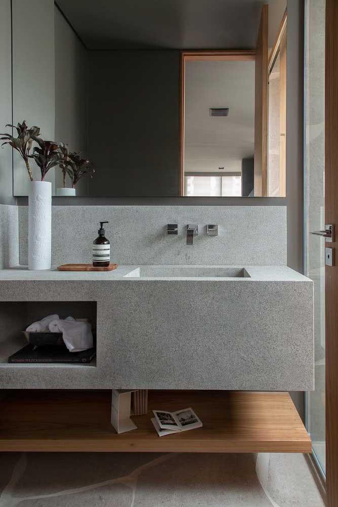 Aposte na pia de porcelanato cinza para um banheiro moderno
