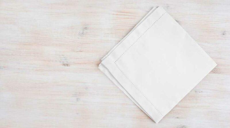Como dobrar guardanapo: 6 tutoriais para compor uma linda mesa para ocasiões especiais