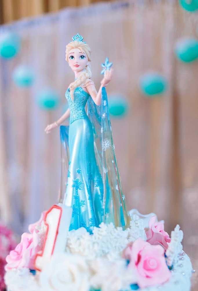 Topo de bolo Elsa, a personagem mais queridinha das pequenas