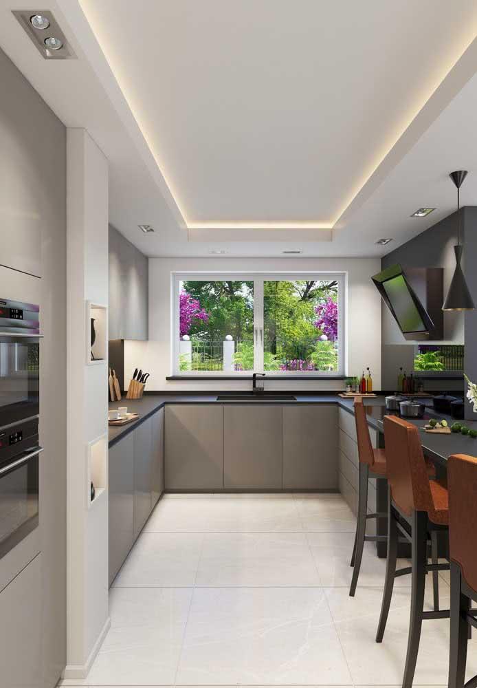 Cozinha americana cinza