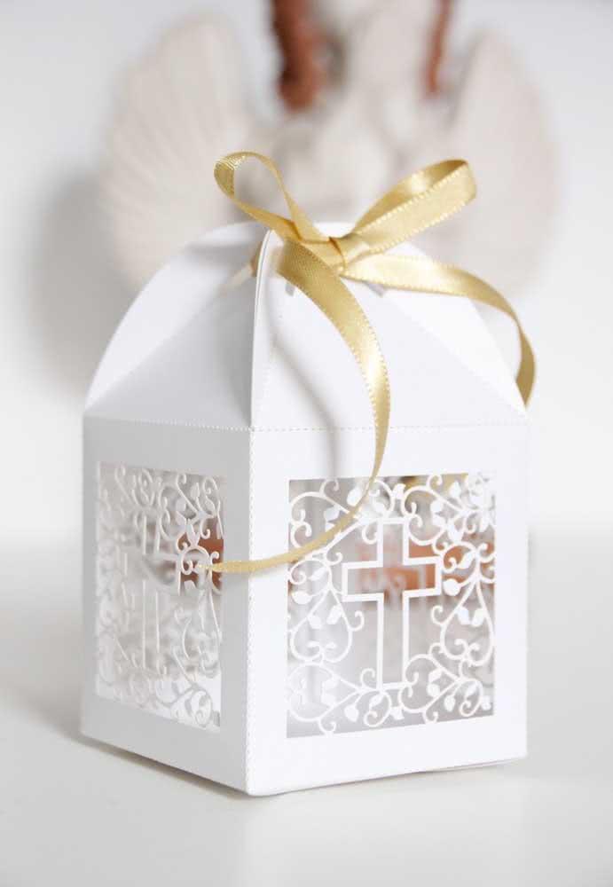 Incrível ideia de sacola personalizada como lembrancinha de batizado