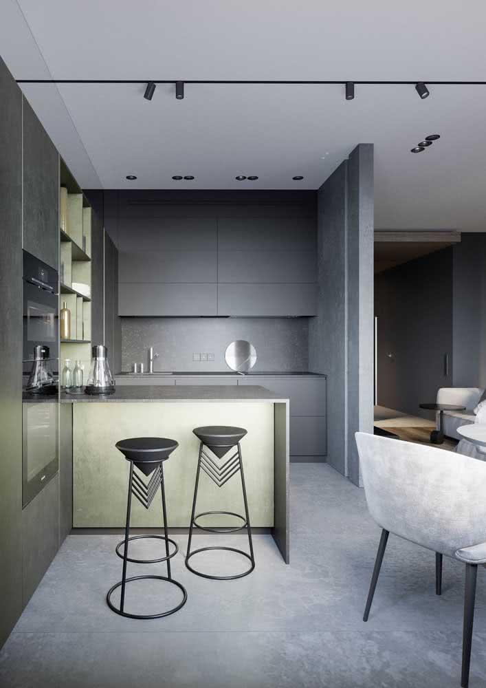 Um toque industrial para a decoração da cozinha planejada.