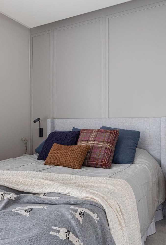 A cama é o maior elemento decorativo do quarto, por isso, não descuide dela
