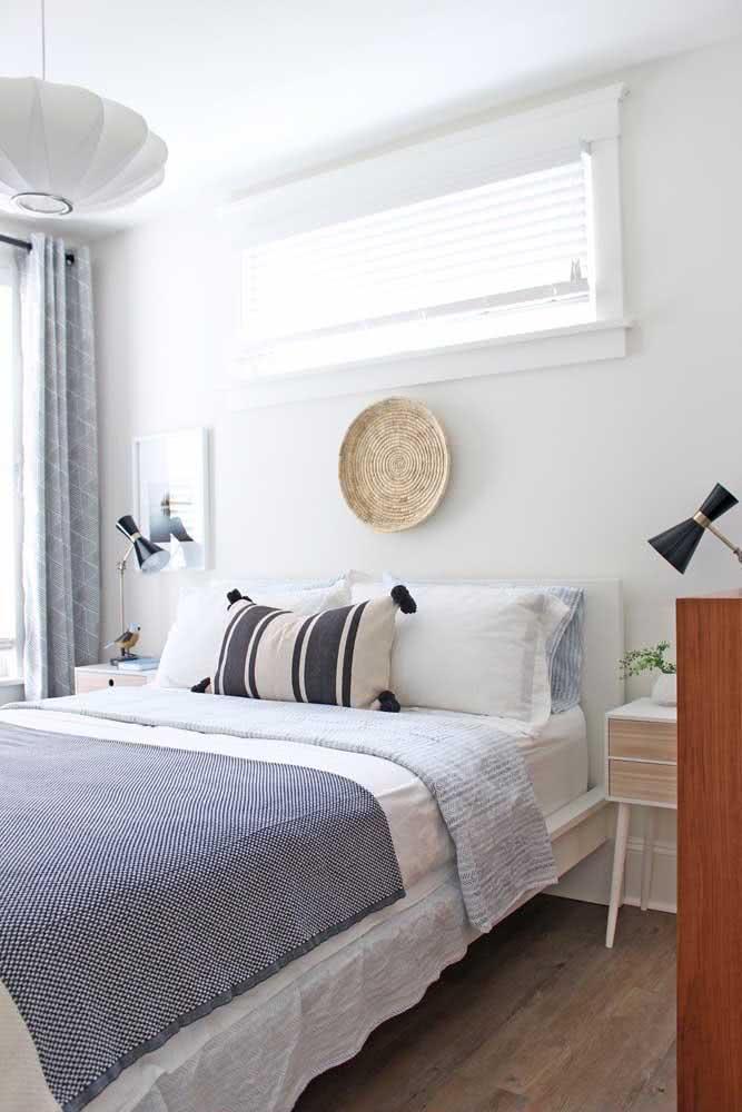 A cama arrumada facilita o momento de dormir: é só se jogar para debaixo dos lençóis