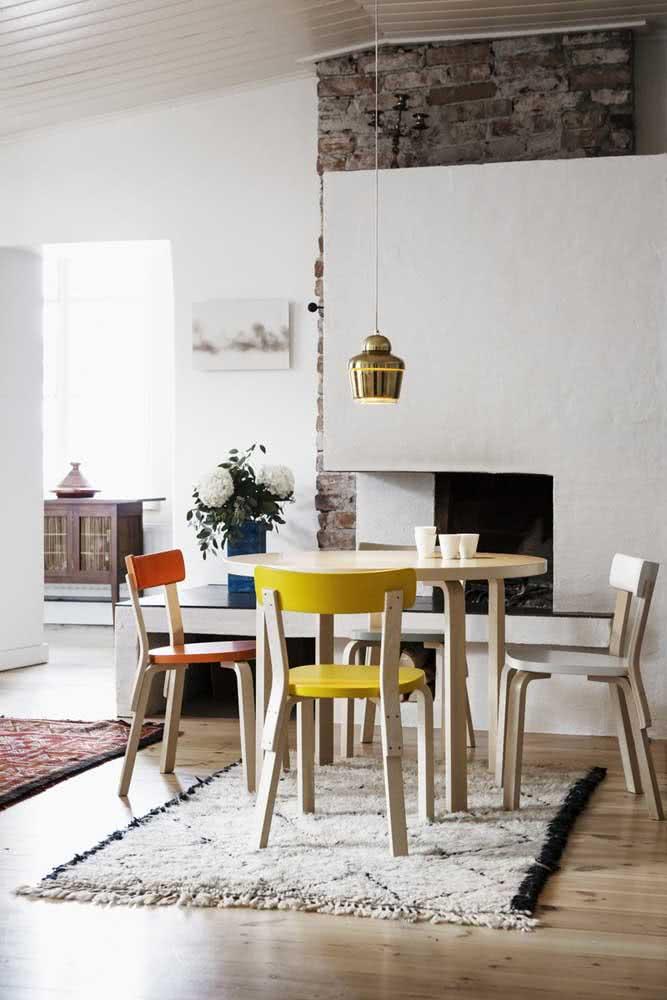 Para cada cadeira, uma cor diferente