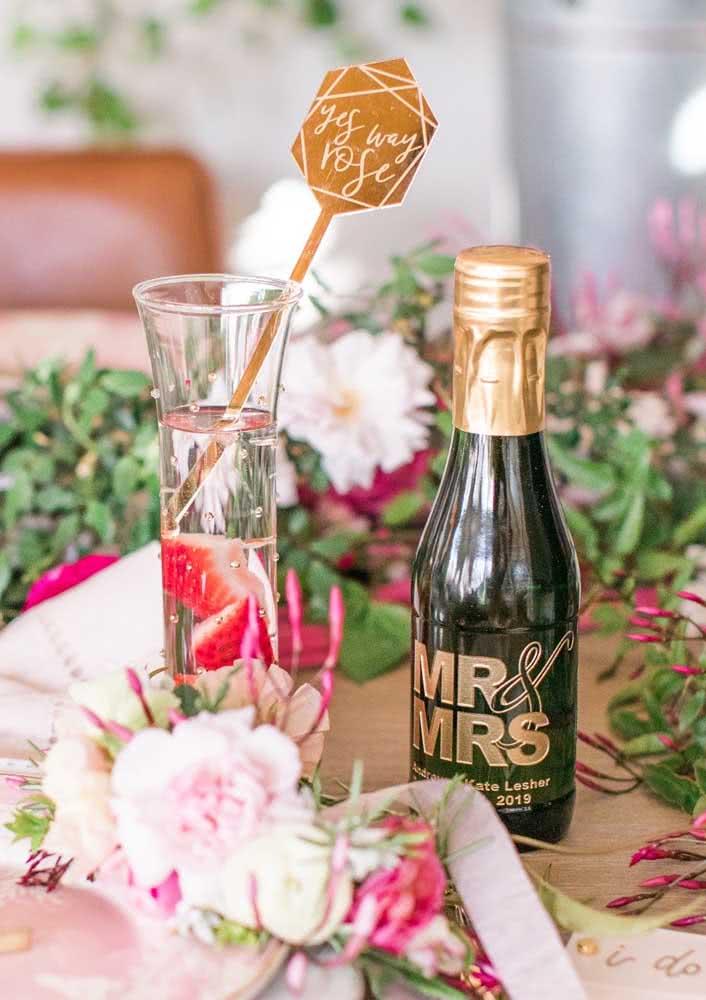 Mini champagnes para o brinde