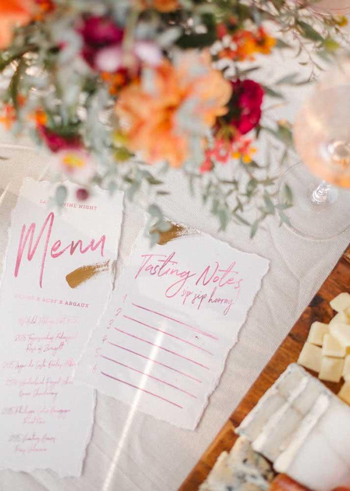 E o menu vem cheio de charme sobre a mesa