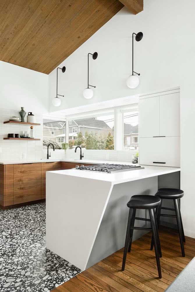 Funcionalidade e praticidade na cozinha em U