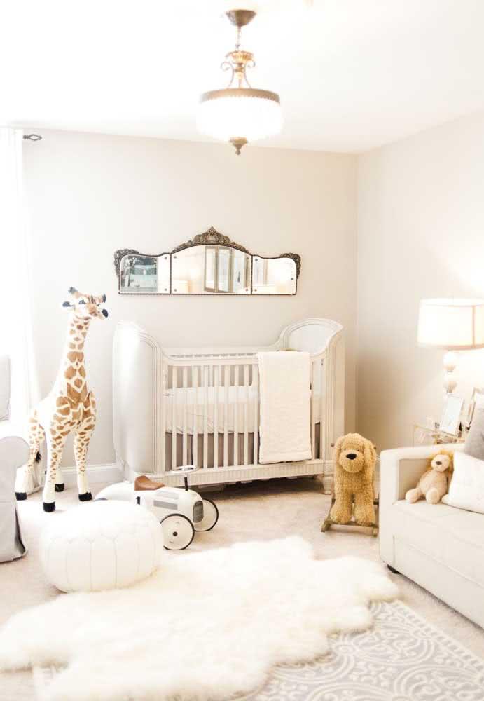 Quarto de bebê cor pérola para inspirar bons e tranquilos momentos