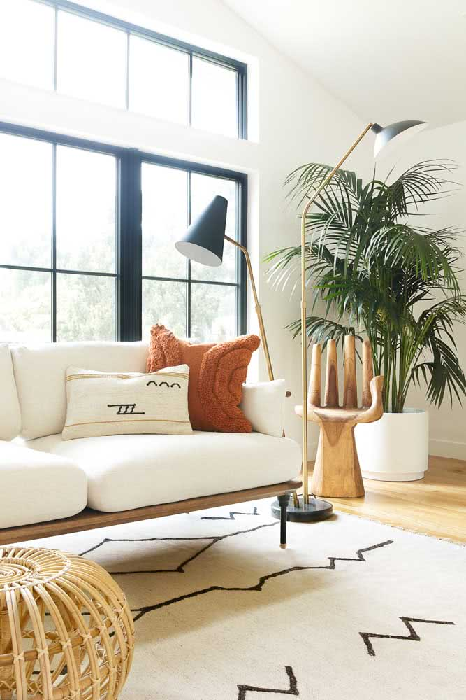 Tapete preto e branco inspirado nos modelos marroquinos