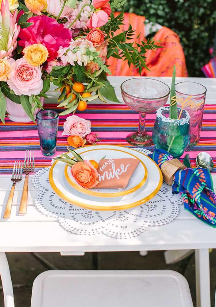 As passadeiras mexicanas são uma ótima opção para decorar a mesa posta