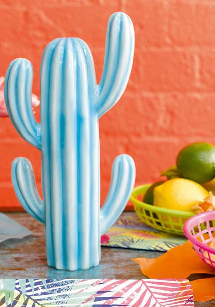 Seja em cerâmica, natural ou de papel, os cactos não podem faltar na Noite mexicana