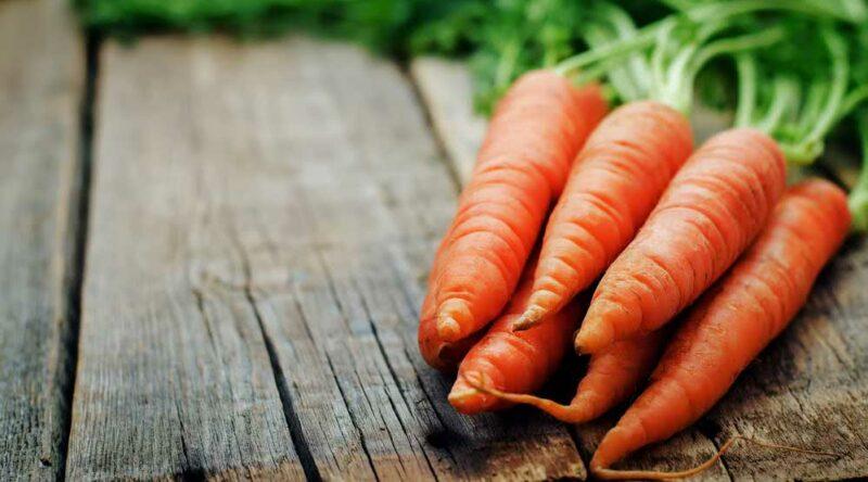 Como cozinhar cenoura: veja o passo a passo simples e prático