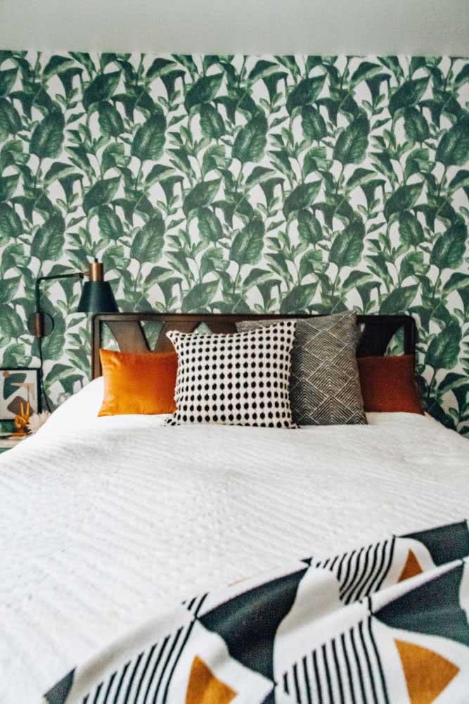 Não sabe ainda como decorar o quarto mas quer uma identidade própria? Escolha um papel de parede especial.