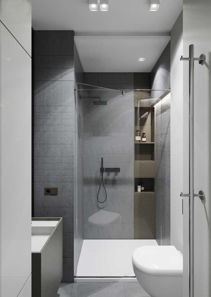Banheiro cinza, pequeno e moderno. Inspire-se!
