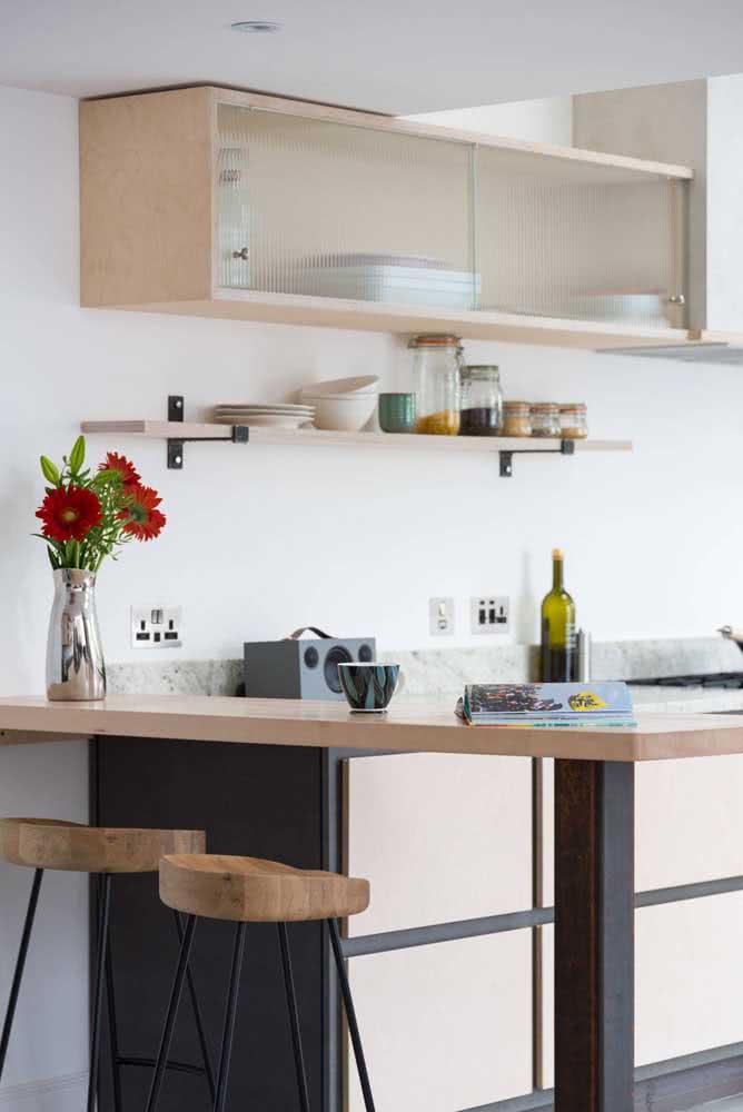 Balcão de madeira para cozinha: um detalhe significativo no ambiente